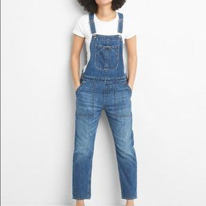 GAP Cropped Slouch Denim Overalls
